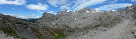High Picos, west from Horcadina de Covarrobres (click for full size)